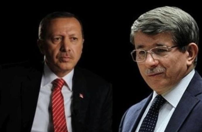 Ahmet Davutoğlu'nun ekibinden AKP'ye 15 Temmuz tepkisi! teker teker paylaştılar