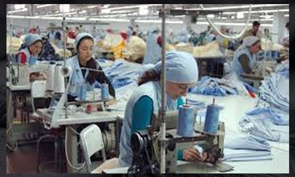 54 tekstil işçisi zehirlendi