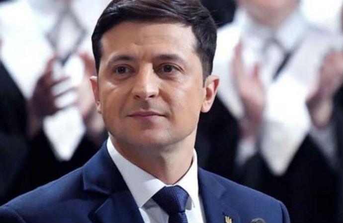 Ukrayna'da seçim maratonu: Zelenski tek başına iktidar