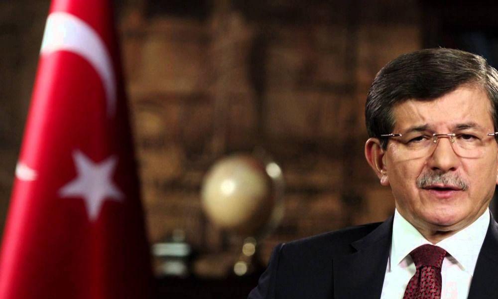 'Davutoğlu, Erdoğan'ı sarsacak açıklamalariçin medya arıyormuş'