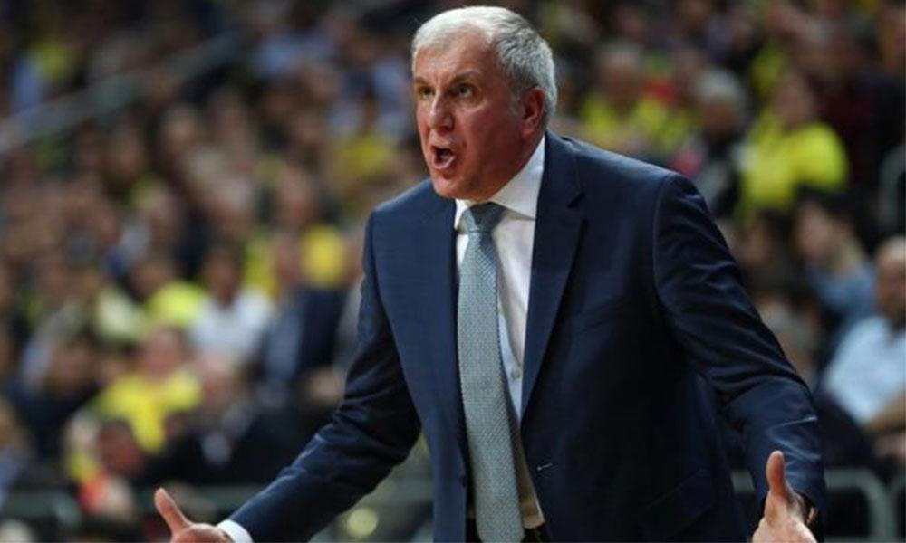 Fenerbahçe Beko Başantrenörü Obradovic'in son hali dikkat çekti