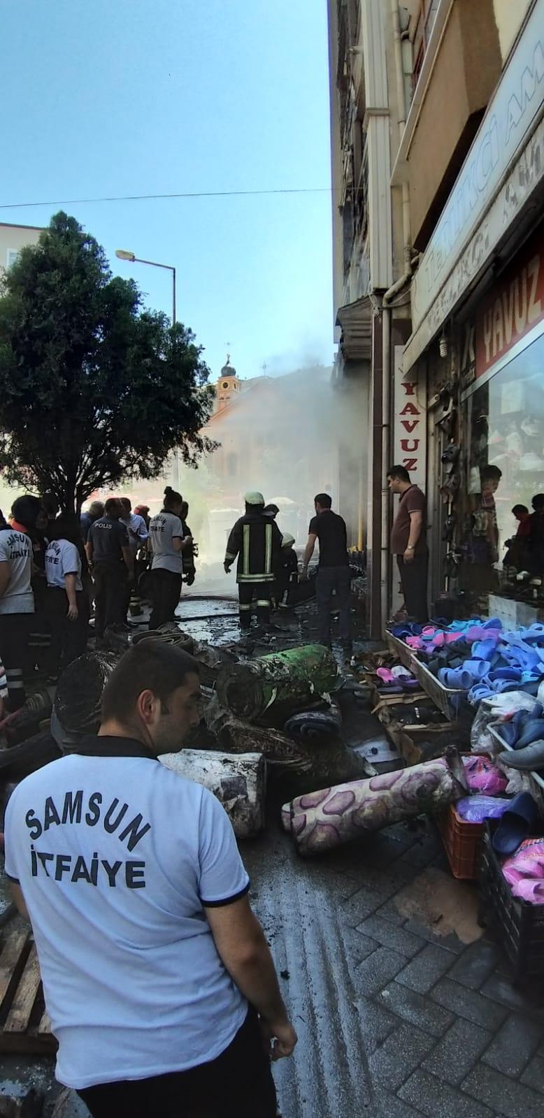 Halı mağazasında çıkan yangında iş yeri sahibi ağır yaralandı