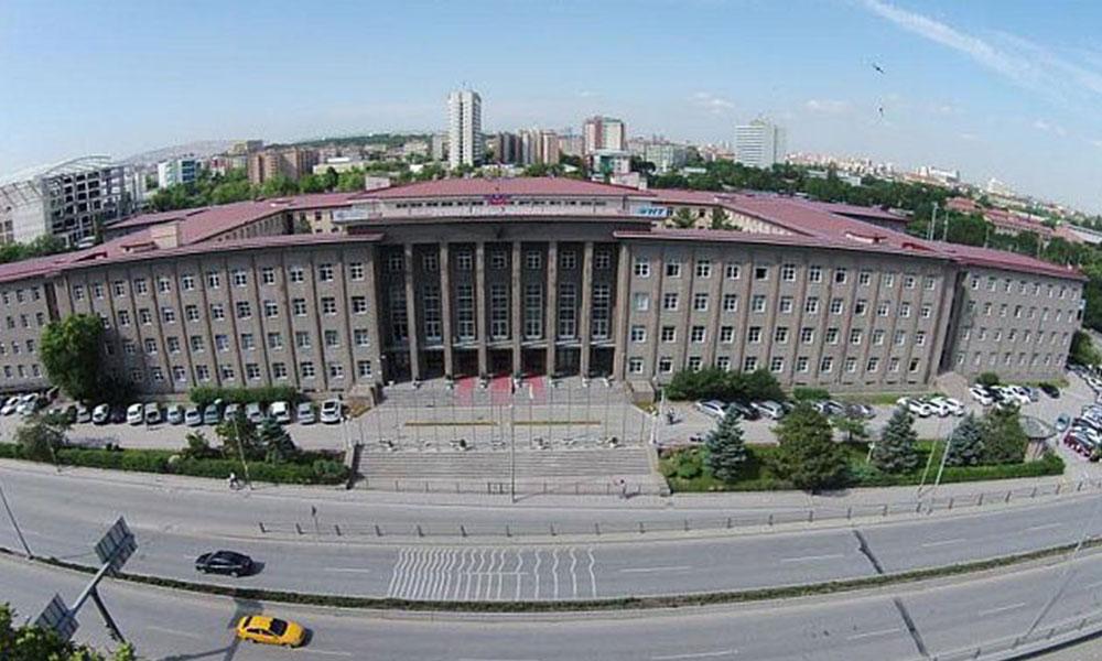 Ankara'daki tarihi tren garı, Sağlık Bakanı'nın üniversitesine verildi…
