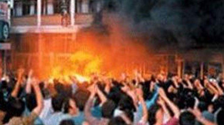 Madımak katliamının katillerini savunan avukatlar AKP'nin kurucuları çıktı