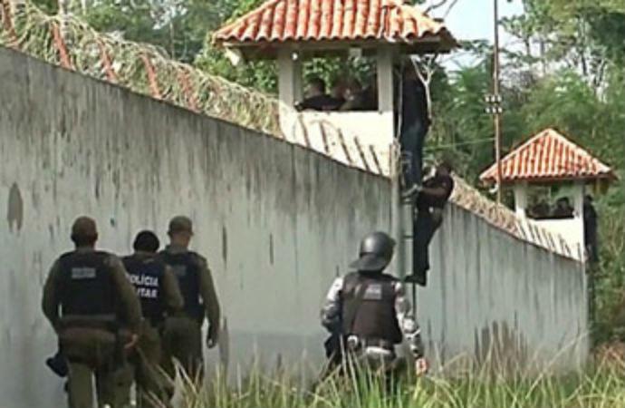 Ceazevinde çete savaşı: 52 ölü