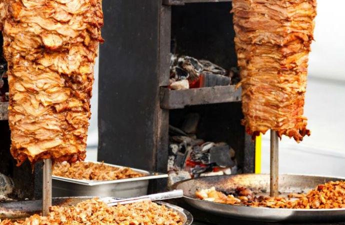 Valilik duyurdu: Sokaklarda yemek yemek yasakladı