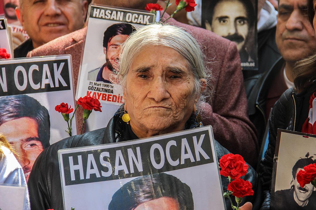 Cumartesi Annesi Emine Ocak: Canan'ı değil, çocuklarımızın katillerini mahkemeye çıkarın