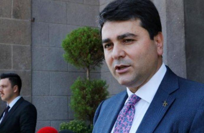 Gültekin Uysal'dan Ali Babacan'a sürpriz davet: DP'ye katıl…