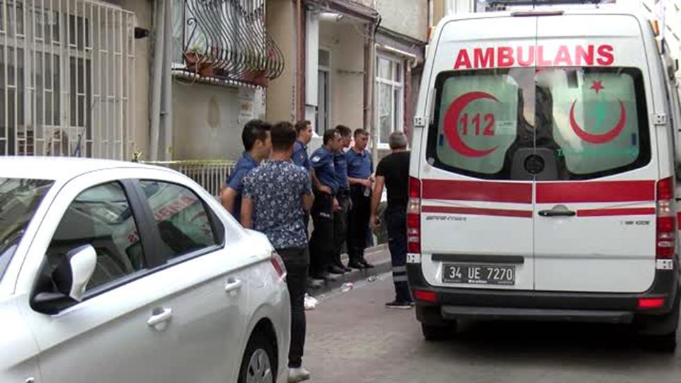 Fatih'te Çinli kadını öldürüp evini ateşe verdiler