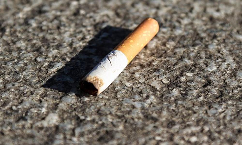 Yere sigara izmariti atana 250 avro para cezası!