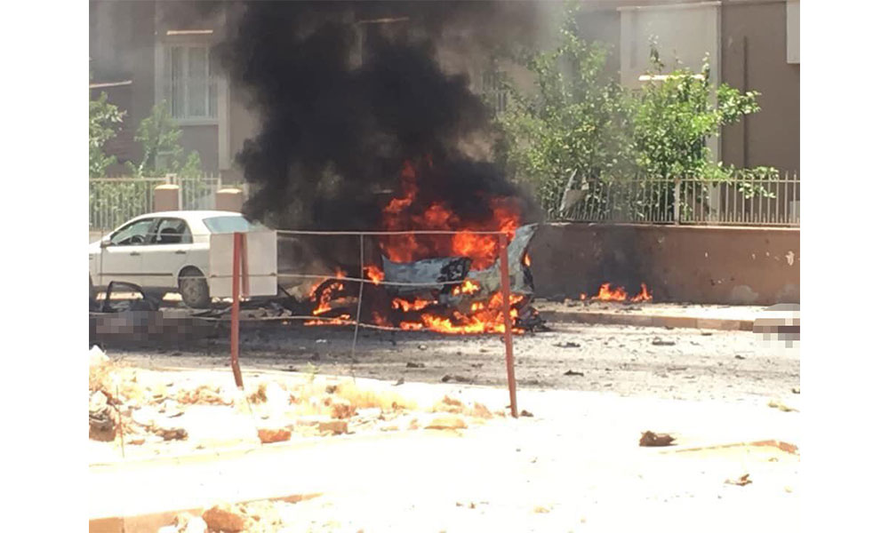 Afrin'de bomba yüklü araç patladı! Yaralılar var