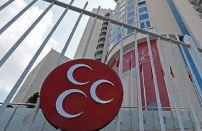 MHP'li Başkan 'uygunsuz davranışları' nedeniyle görevden alındı