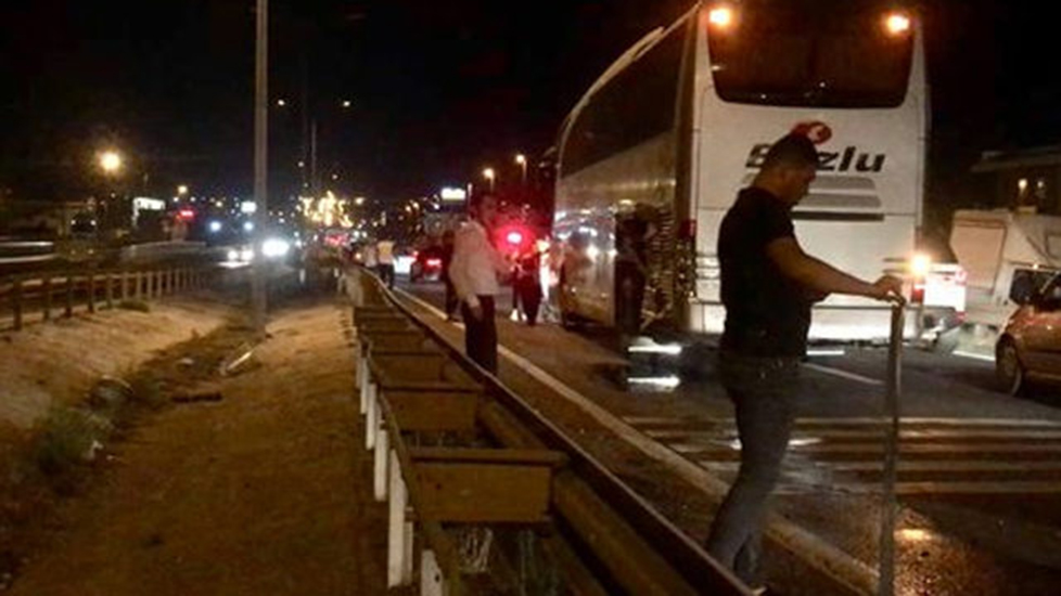 Silivri'de ehliyetsiz sürücü trafiği birbirine kattı