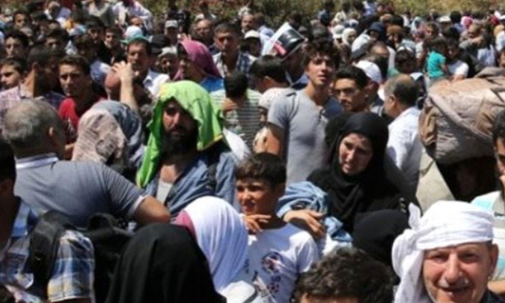 Guardian Gazetesi: Türkiye'nin Suriyelilere yönelik 'açık kapı' politikası değişiyor