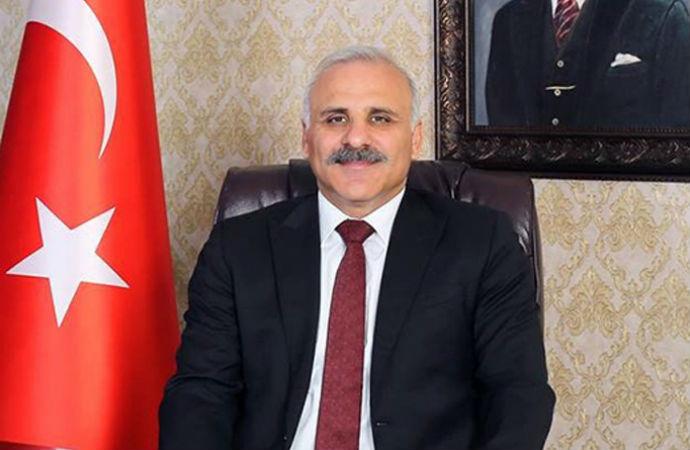 AKP'li belediye başkanı kendini belediye şirketine atadı