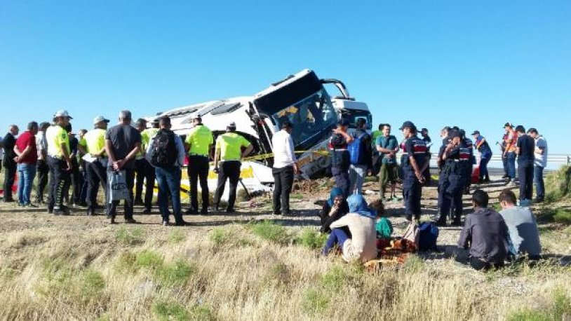 Yolcu otobüsü devrildi… 41 kişi yaralandı!