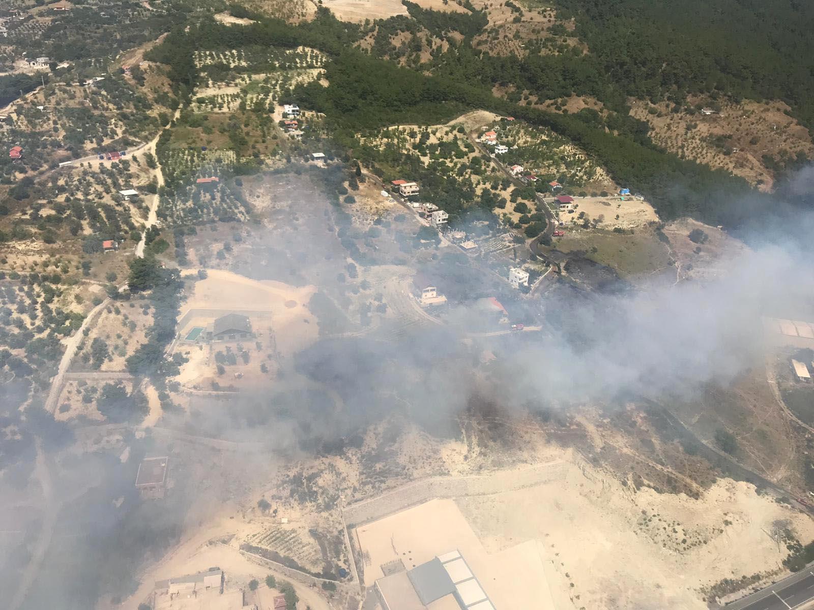 İzmir'de orman yangını: 1 köy tamamen boşaltıldı