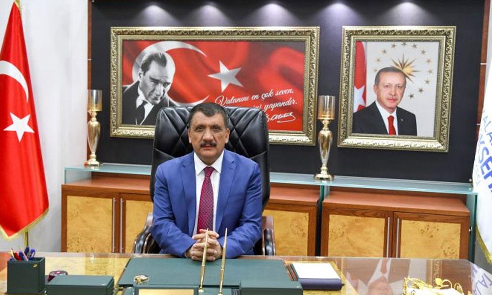 'Akraba kayırıp torpil yapmadım' diyen AKP'li Başkan, halasının torununu atamış