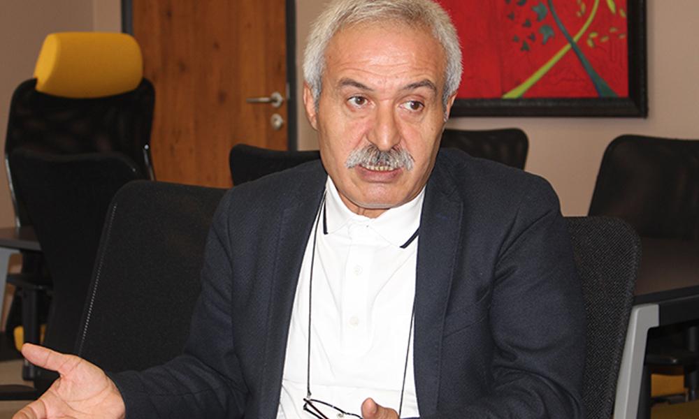 Görevden alınan Diyarbakır Büyükşehir Belediyesi Eş Başkanı Mızraklı: Kapılar kırılarak belediyeye girildi