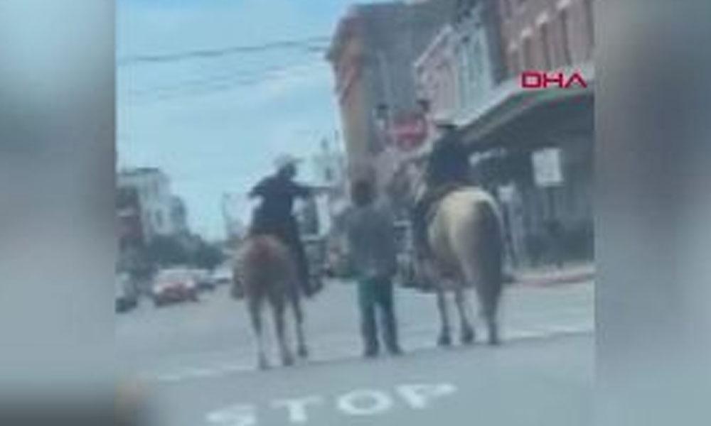 Polislerden ırkçı gözaltı: Başında çuval, elleri bağlıyken atlarla götürdüler