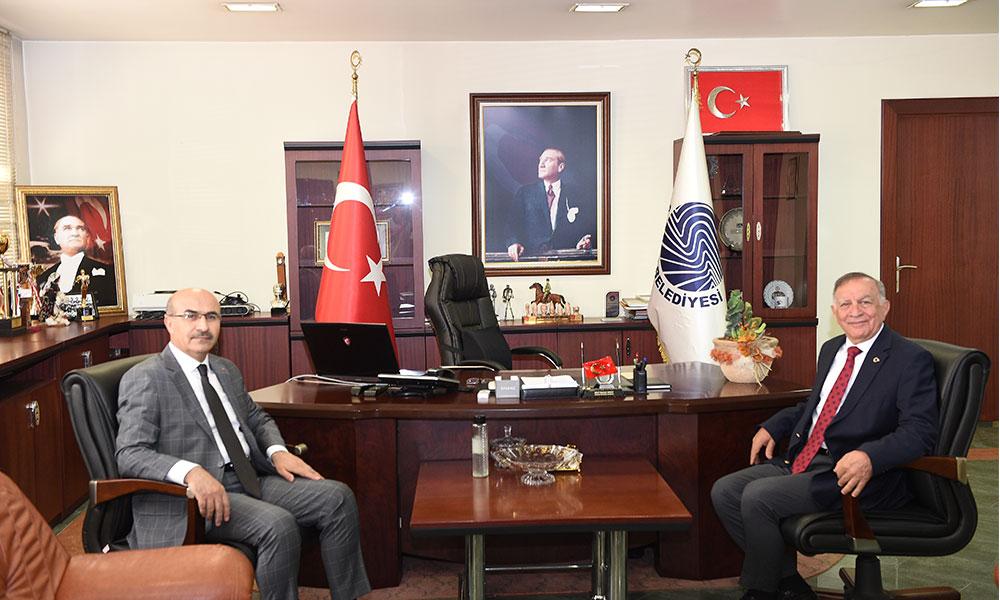 Vali Demirtaş'tan Başkan Akay'a ziyaret