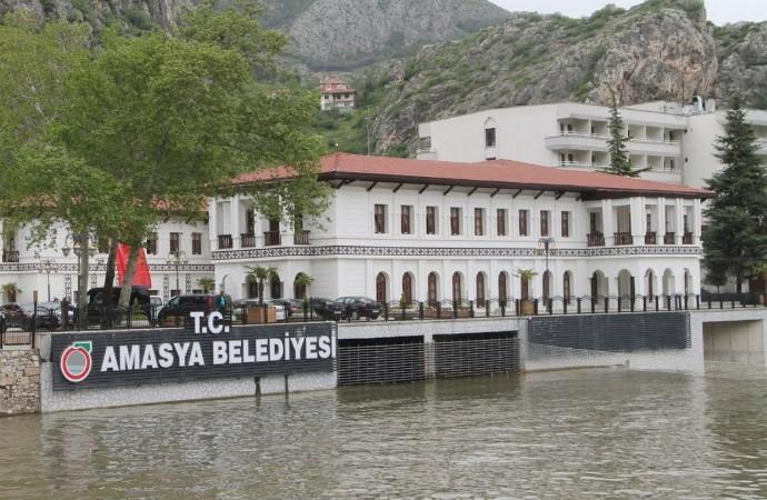 AKP'li Amasya Belediyesi halkın içme suyunu HES'e verdi, yurttaşlara kuyu suyu içirdi!