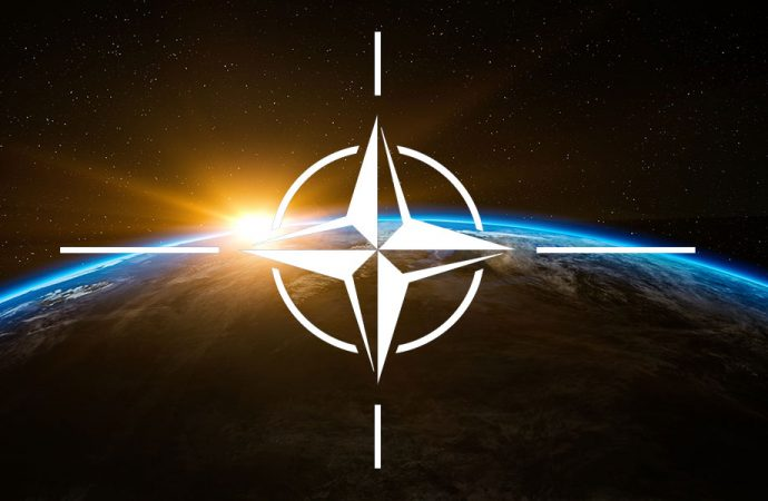 Baltık Denizi üzerinde sıcak saatler! NATO uçağı Rusya Savunma Bakanı'nın uçağının yanına yaklaştı!