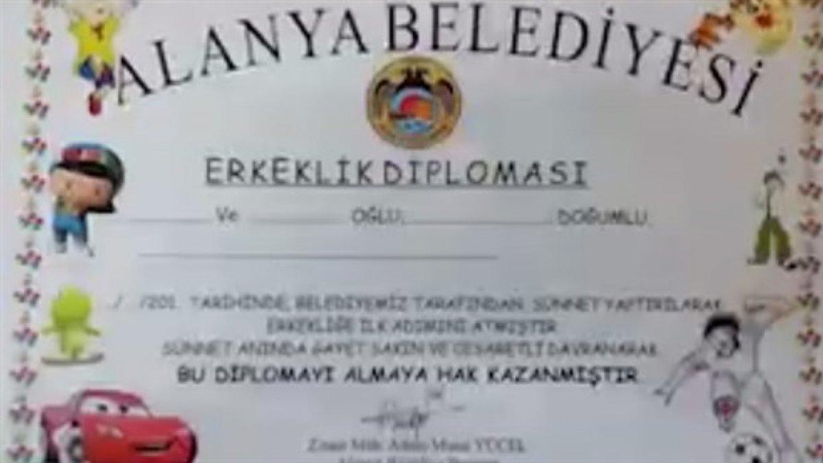 Belediyeden skandal sünnet uygulaması: Çocuklara 'erkeklik belgesi' verdiler!