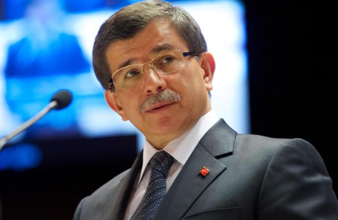 'Davutoğlu'nun ekibi kendiliğinden gelişen istifa sürecini frenlemek için tutum aldı'