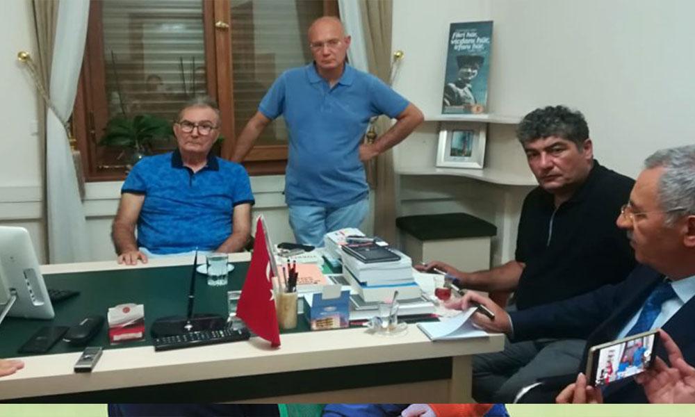 Meclis'teki makam odasında çalışmalara başlayan Deniz Baykal'dan 'kayyım' açıklaması