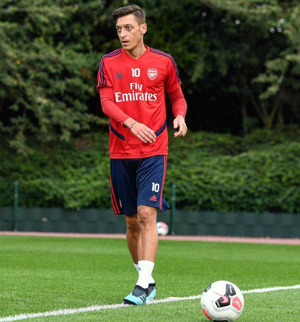 Mesut Özil'in, ABD'ye transfer olacağı iddiası