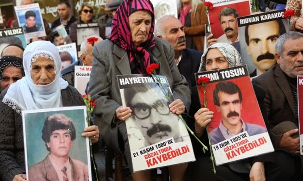 Faruk Eren'in annesi Cumartesi Anneleri'nden Elmas Eren yaşamını yitirdi