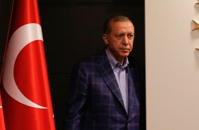 AKP'nin eski bakanı konuştu: Tekneyi ilk fareler terk eder