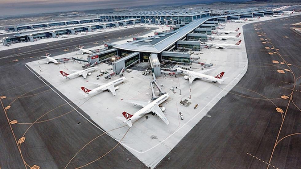 İstanbul Havalimanı'nda bu kez de yol çöktü