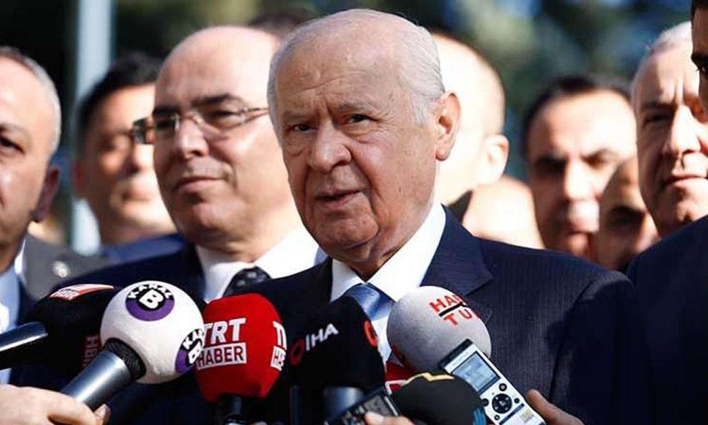 Kulisler bu haberle kaynıyor: AKP'deki bölünmeden endişe duyan MHP…