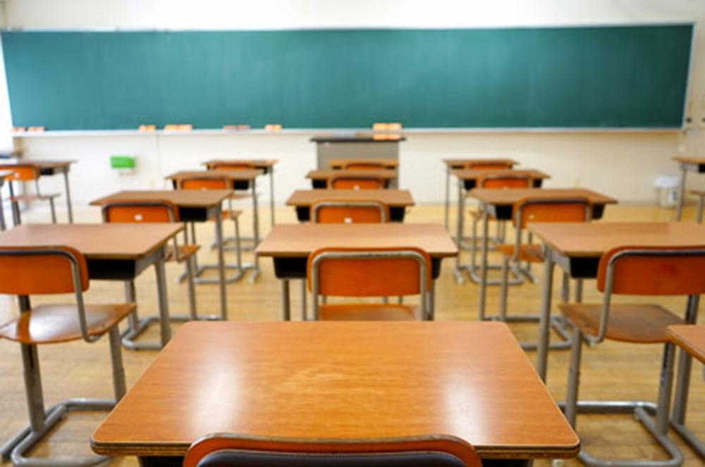 Devlet okullarında özel sınıf iddiası: 'Velilerden 10 bin TL isteniyor'