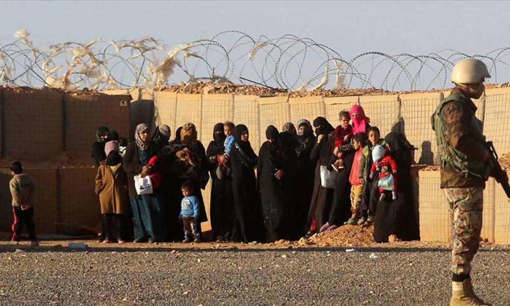 Suriye ordusu, İdlib'i terk etmek isteyen sivil halk için güvenlik koridoru açtı