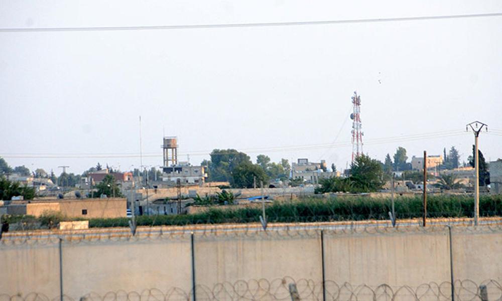 Suriye sınırında hareketlilik… Bayraklar indirildi