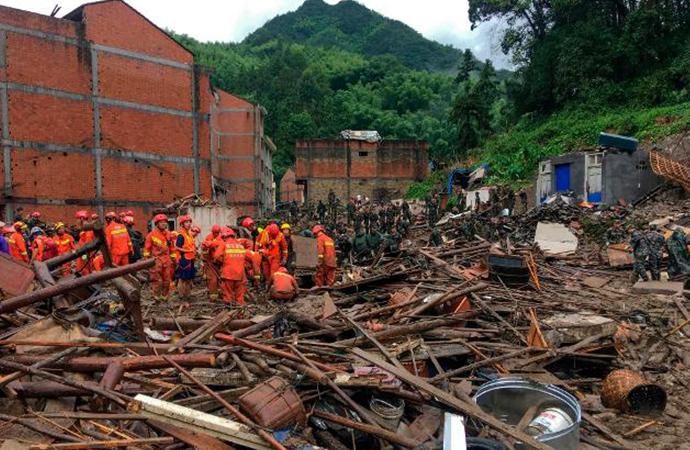 Çin'i vuran tayfununda ölü sayısı 28'e yükseldi, 20 kişi kayıp