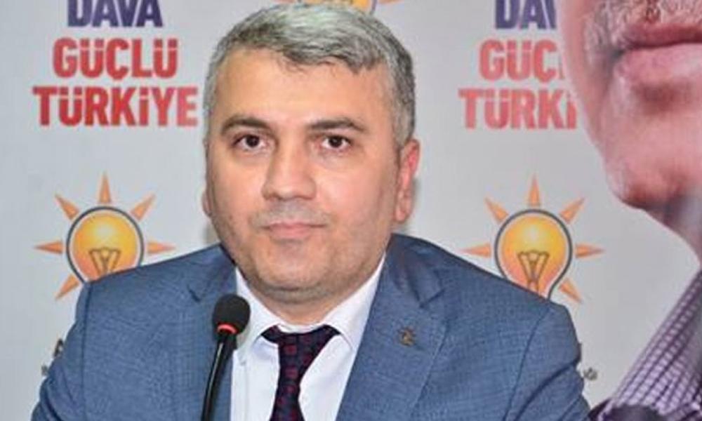 AKP'li vekil torpil mesajını yanlışlıkla Whatsapp durumunda paylaştı!