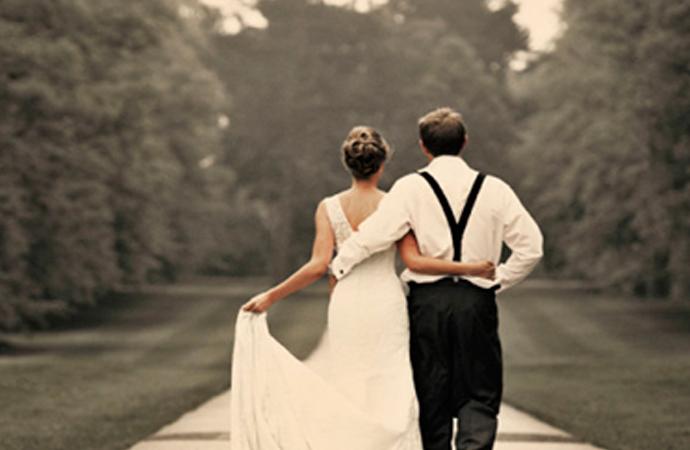 'Bir yastıkta kocayalım' derdik fakat…Uzun süren evliliklerin sırrı ne?