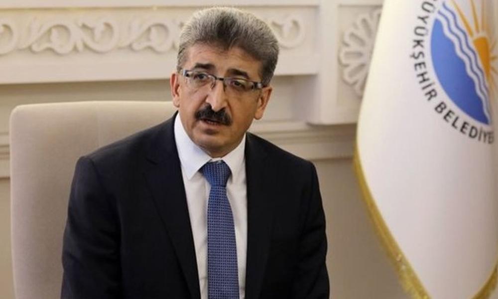 Kayyum, Van Belediyesi hesabından Kürtçe'yi kaldırdı