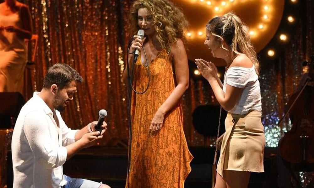 Sıla'nın konserinde sahnede sürpriz evlilik teklifi