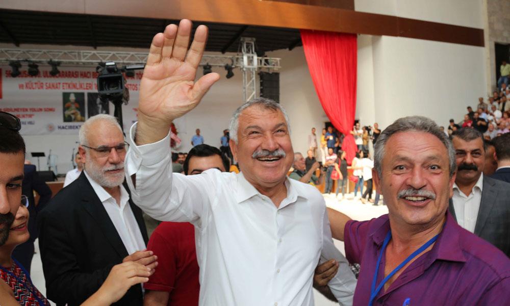 'Adana'mıza, ülkemize ve dünyaya; barış, kardeşlik, mutluluk diliyorum'