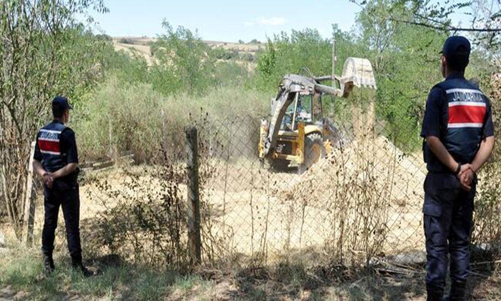Mahalleli merakla takip ediyor… '500 kilo altın' iddiasıyla resmi kazı