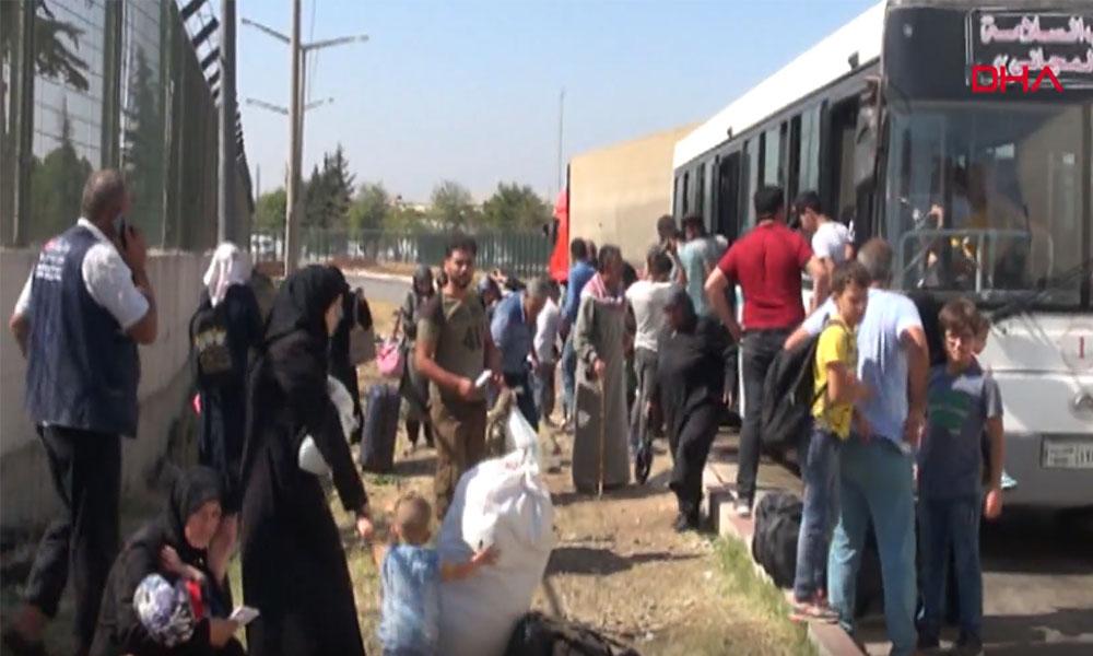 Bayramı ülkelerinde geçiren 25 bin Suriyeli geri döndü