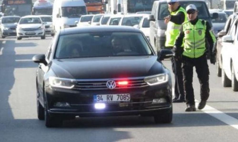 Yetkili-yetkisiz herkes kullanıyordu: 'Çakar lamba' 1 Kasım'dan itibaren yasaklanıyor