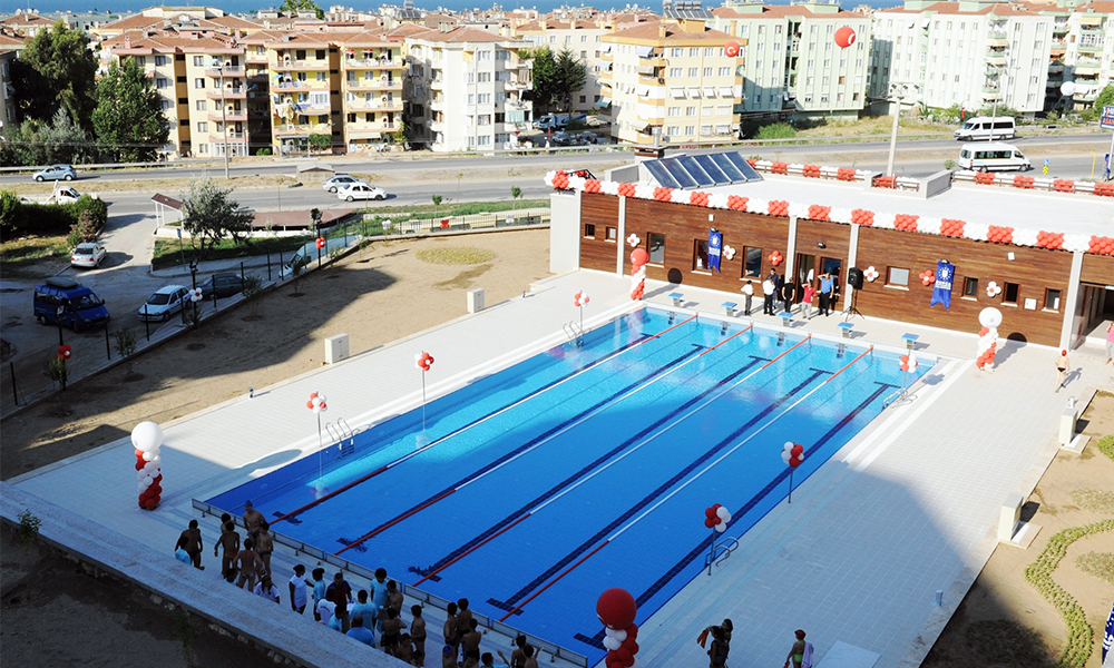 Büyükşehir'e Güzelyalı Yüzme Havuzu'ndan tahliye kararı