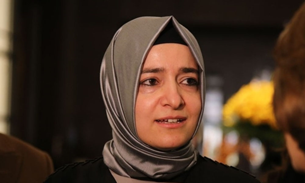 Kardeşlerini devlet kadrolarına aldırtmıştı! AKP Genel Başkan Yardımcısı Fatma Betül Kaya  İBB'yi eleştirdi