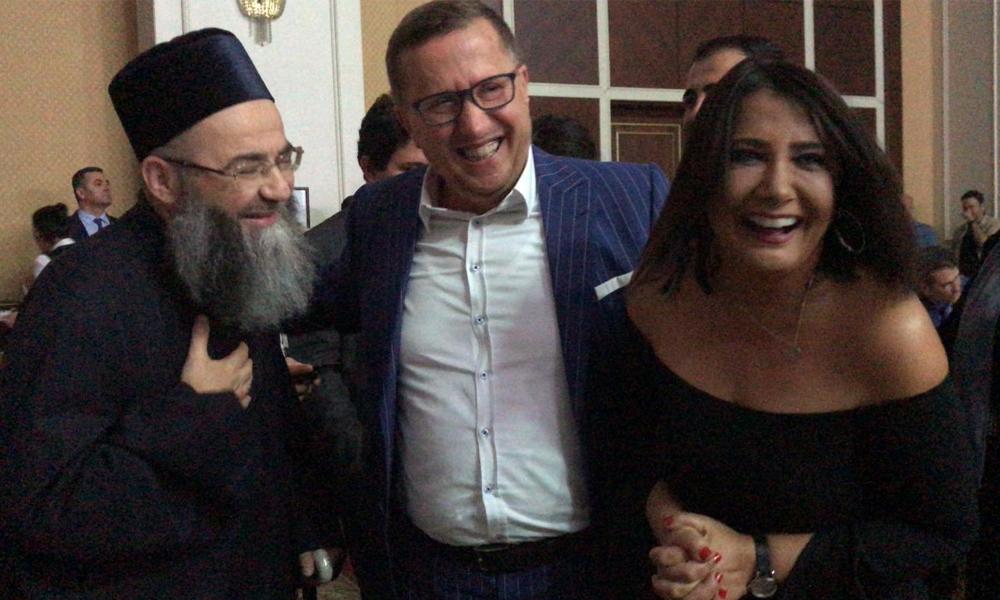 Sosyal medya bu fotoğrafı konuşuyor: Cübbeli Ahmet, Sevilay Yılman ve Lütfü Türkkan'ı buluşturan düğün